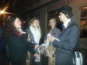 Im Gespräch mit Wählerinnen